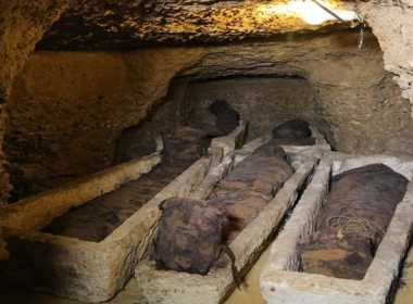 Egitto, trovate 40 mummie.