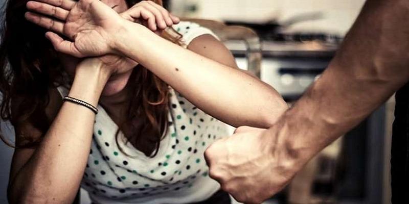 Fidene, aggredita e molestata dall'ex fidanzato