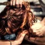 Moncalieri, picchia l'ex fidanzata