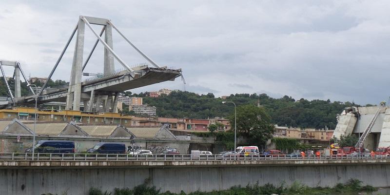 Amianto nel Ponte Morandi: lavori sospesi.
