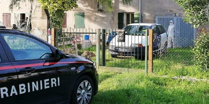 Padova, nasconde cadaveri per la pensione
