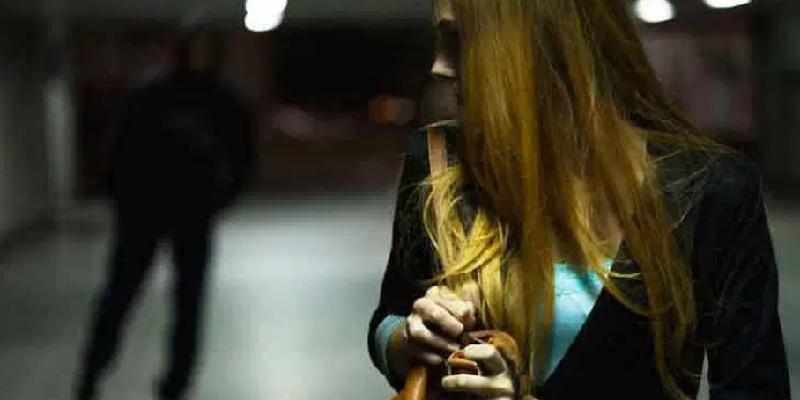 Tor San Lorenzo, perseguita l'ex moglie per mesi