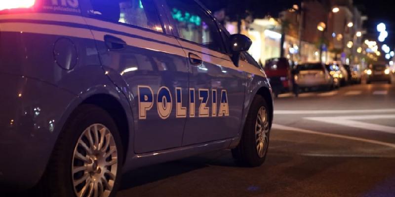 Milano, 40enne ubriaco tenta di strangolare la moglie