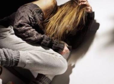 Ostia, maltratta e abusa sessualmente dell'ex moglie