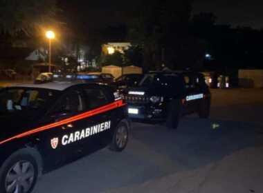 Bora di Mercato Saraceno, uccide madre e vaga nudo per strada