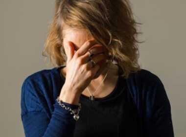 Adrano, perseguita e minaccia ex moglie