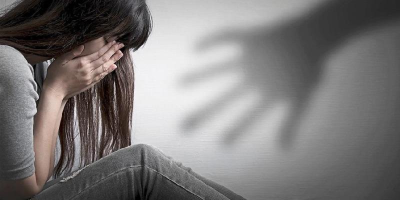 Collegno, 21enne picchia l'ex fidanzata
