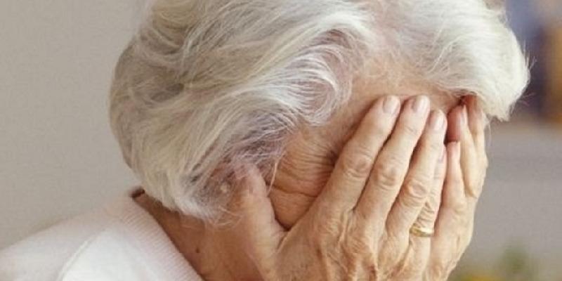 Fonteno, picchia l'anziana madre