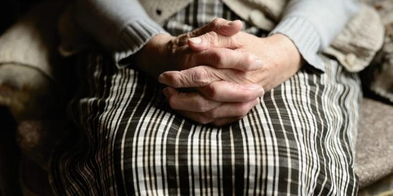 Roma, 79enne denuncia il figlio violento