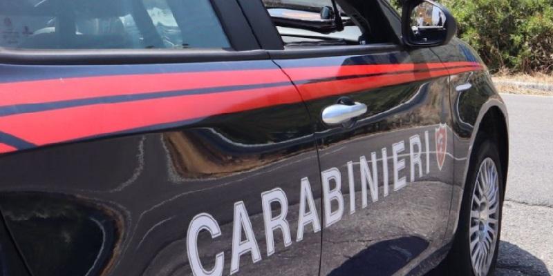Pavia, 28enne tenta il suicidio