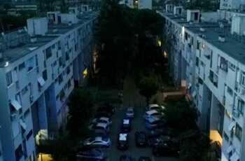 Tor Bella Monaca, aggredisce vicino poi si lancia dal 13esimo piano