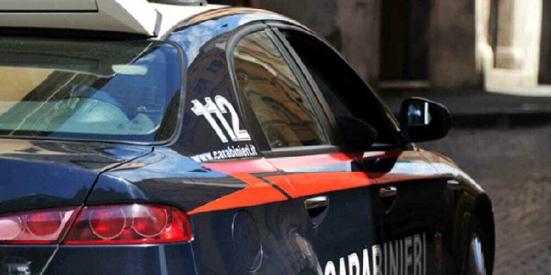 Palermo soffoca il padre mentre dorme