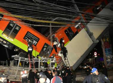 Città del Messico crolla ponte