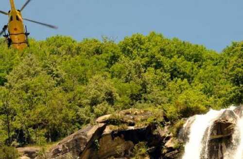 Acquafraggia 42enne precipita nelle cascate e muore