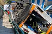 Capri incidente minibus