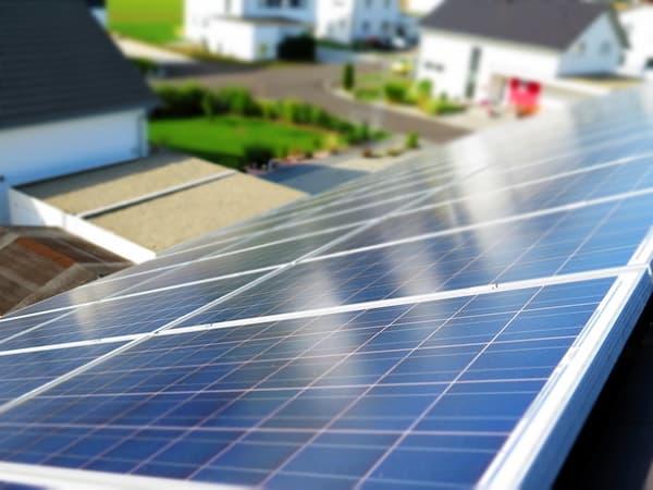Produzione energia rinnovabile- pannelli fotovoltaici