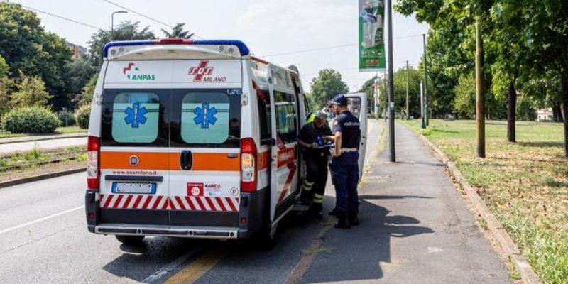 Milano tre ragazzi si suicidano una è viva