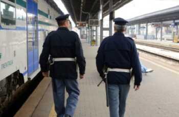 Bari 16enne travolta dal treno